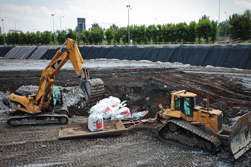 sanitary landfill advantages and disadvantages